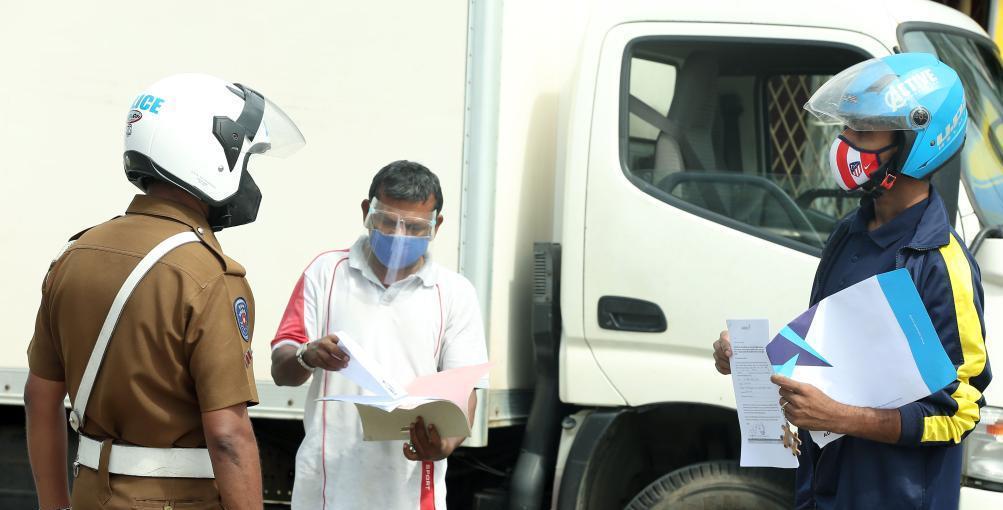 斯里兰卡在全国实施出行限制令