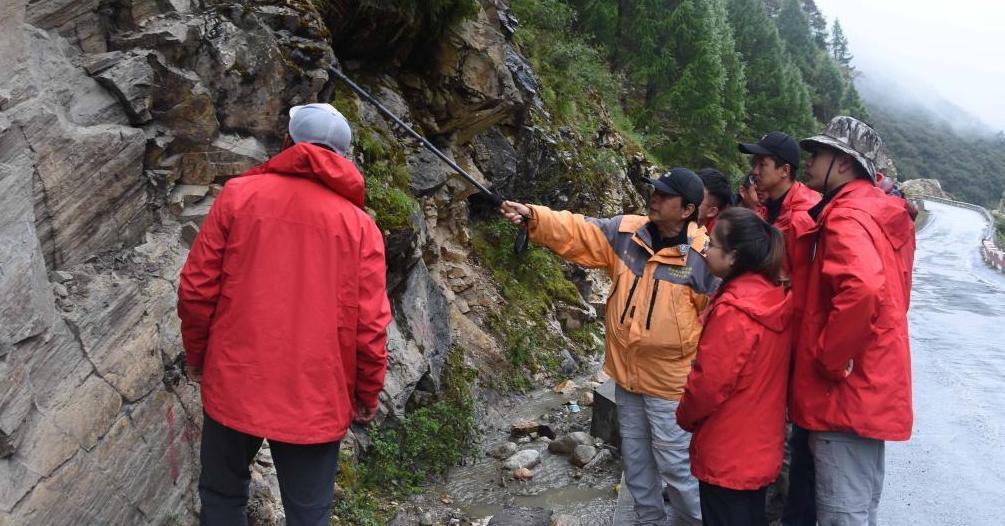 中科院科考队考察喜马拉雅山脉灾害链